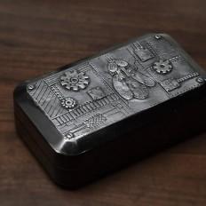 Steampunková krabička s mouchou